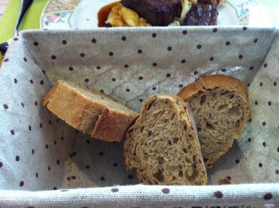 Au Vieux Four : even the bread was excellent!!