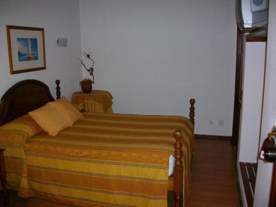 Hotel Santiago: Quarto