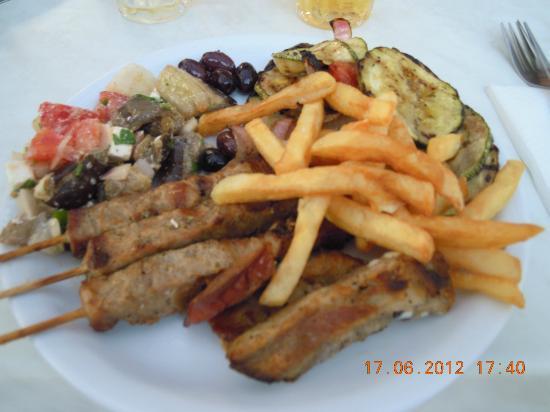 Meliton Hotel: soirée Grec
