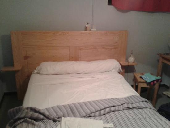 Hotel Les Fauvettes: La cama