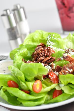 Truffles Cafe Pope Avenue : BLT Salad