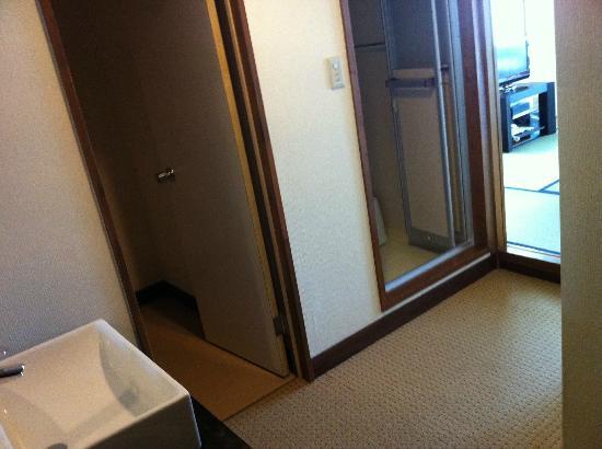 Tokino Yu : room