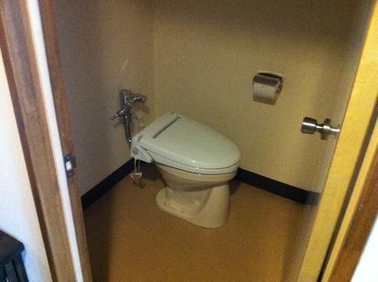 Tokino Yu : toilet