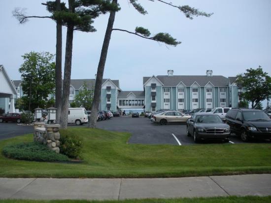 Best Hotel Deals In Traverse City Mi