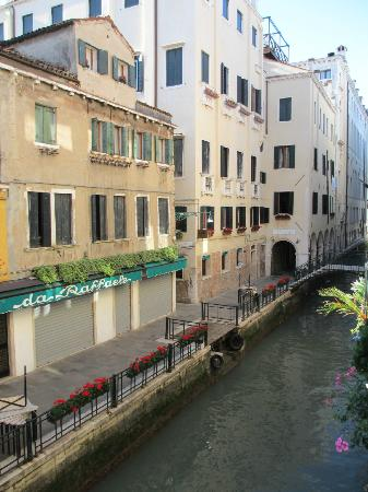 Gio & Gio Bed and Breakfast: Calle Ostreghe Canal