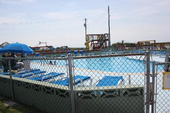 Oceanana Family Motel: Pool