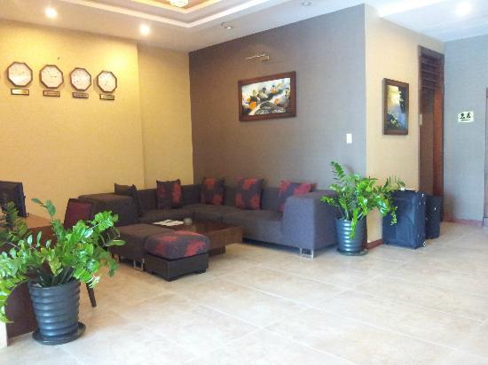 Asian Ruby Park View Hotel: Lobby