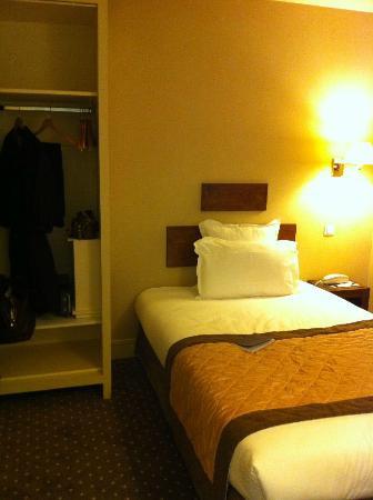 Acacias Etoile Hotel: single room