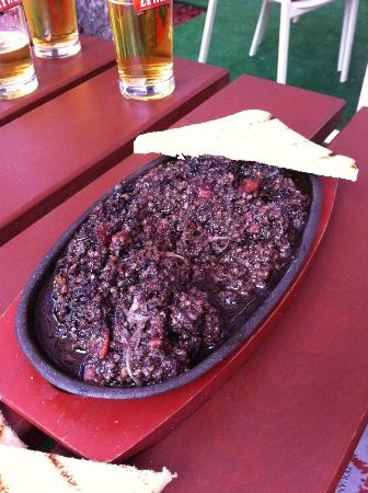 Douane: Bizarre but by all accounts tasty black pudding dish