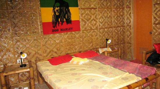 ‪ريجاي جست هاوس: our reggae room‬