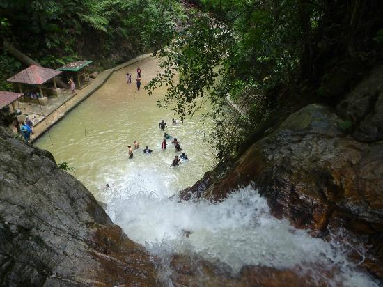 Jeriau Waterfall : View from the top