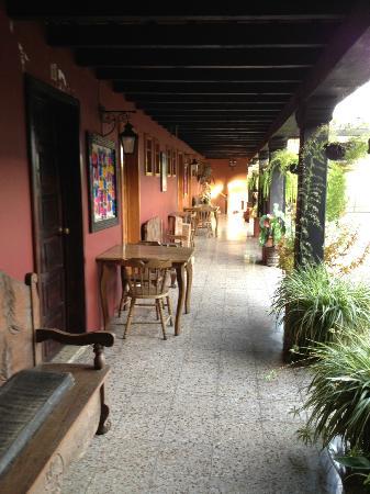 Hotel Panchoy: hotel hallway