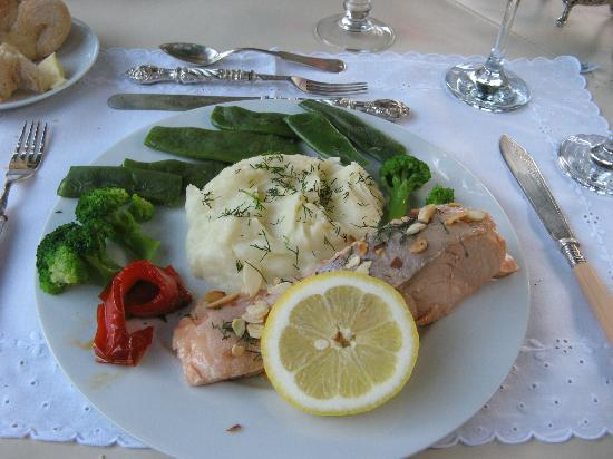 Casa Alta Royal Lodge: Second course for dinner
