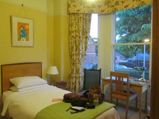 Ravenhill Guesthouse: My single bedroom