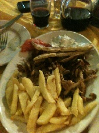 Colosseo Pizza Grill : the gyros