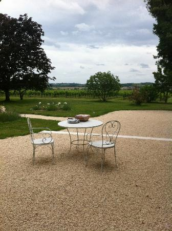 L'Autre Vie: A blend of boutique hotel & B&B charm, surrounded by Bordeaux's vineyards: View from our Room