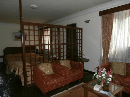 Nirvana Garden Hotel: inside room