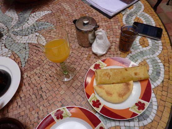 Riad Amskal: The full breakfast