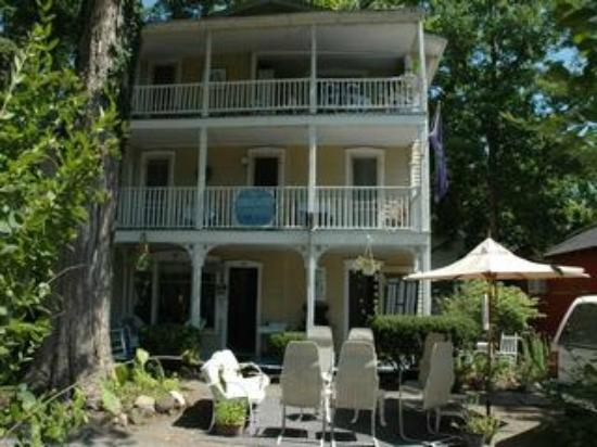 Englewood Guest House: Guest House