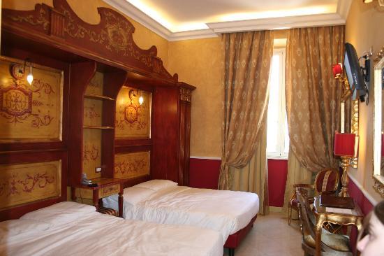 Veneto Palace Hotel: our quad room