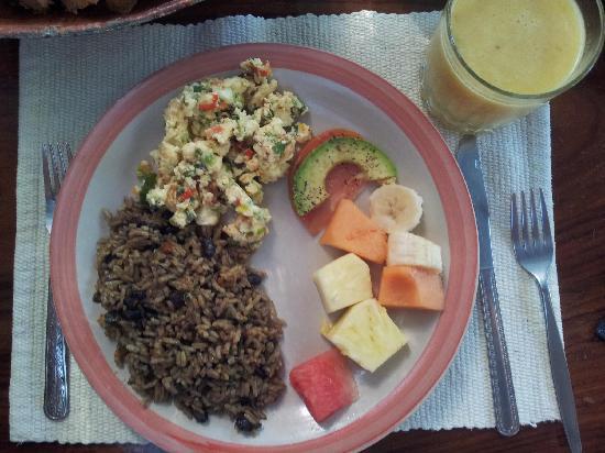 Rancho Burica: breakfast