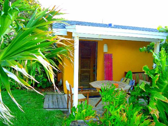 Beach Place Guesthouses : Entrance of Zoe