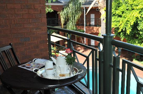 Faircity Falstaff Hotel: Deluxe Room Balcony