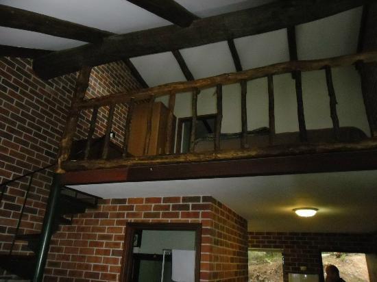 Evedon Park Bush Resort: Bedroom Mezzanine level
