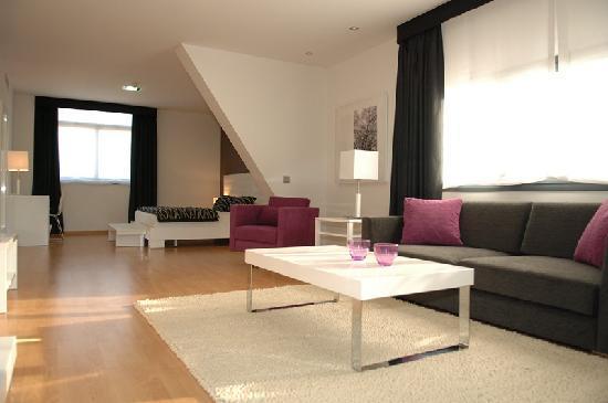 Hotel Nova Senia: Suite