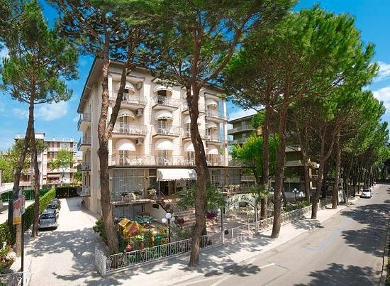 Hotel La Villa Pinarella