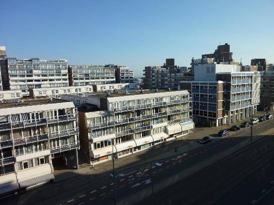 Ibis Den Haag Scheveningen : Aussicht vom Superior-Zimmer 611