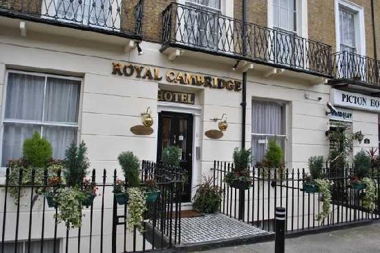 Royal Cambridge Hotel Parking