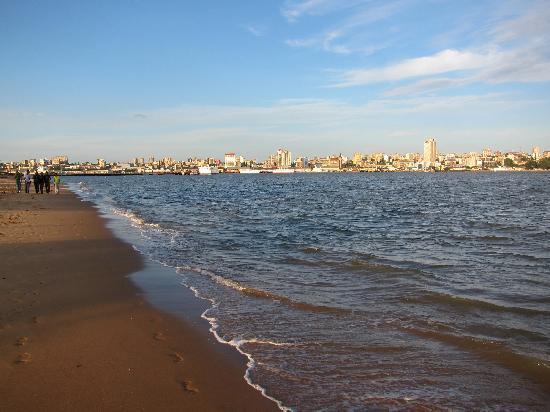Afrin Prestige Hotel: Catembe Beach just a short ride away on the ferry