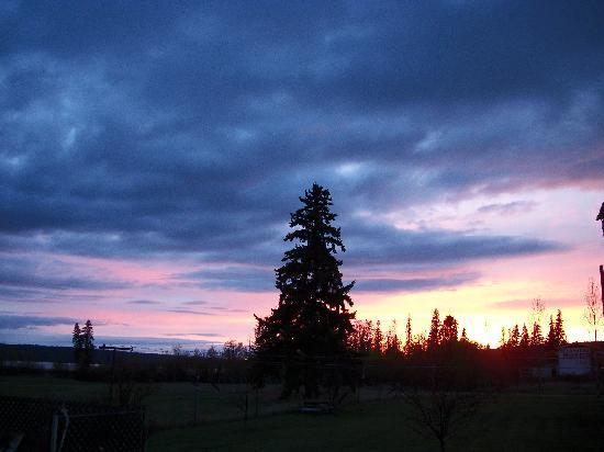 Rangeland Motel: Fantastic Cariboo sunsets !