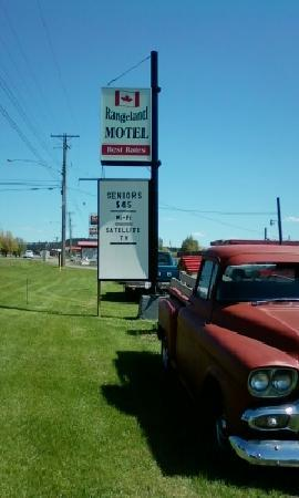Rangeland Motel : Always low affordable rates .