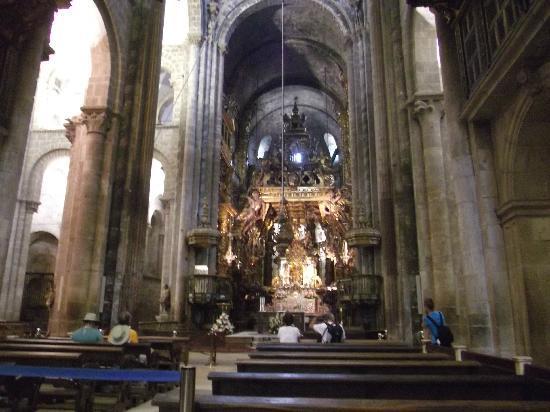 Interior picture of cathedral of santiago de compostela - Interior santiago de compostela ...