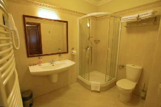 Hotel Sarmata: 3 LUX - bathroom