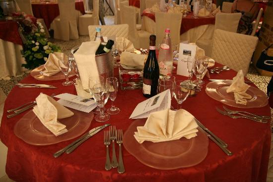Murisengo, Ý: addobbo tavola