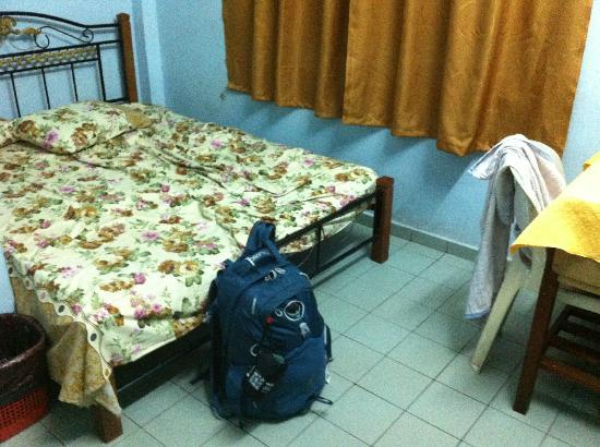 Nan Hotel Kuala Besut: 2nd floor fan room
