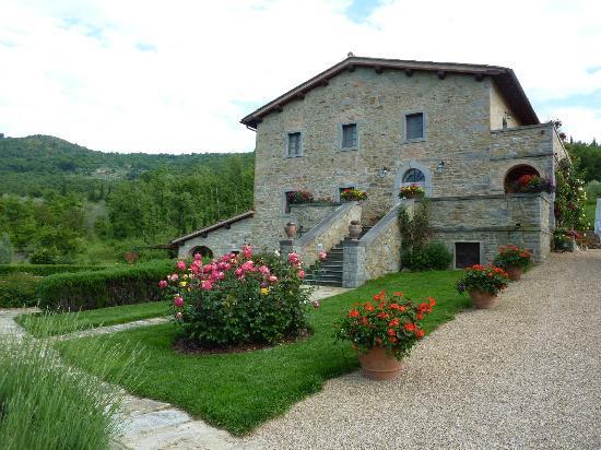 Casa Portagioia: Main building where dining room is