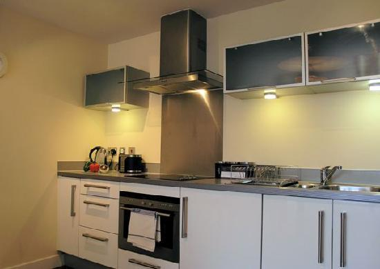 Cotels Serviced Apartments: Fully Equipped Kitchen