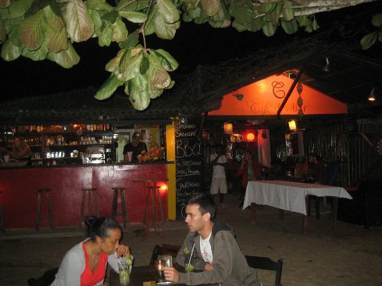 Cafe do Mar : Nächtlicher Barabend