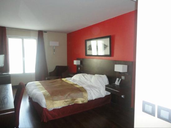 Hotel De Berny : Chambre