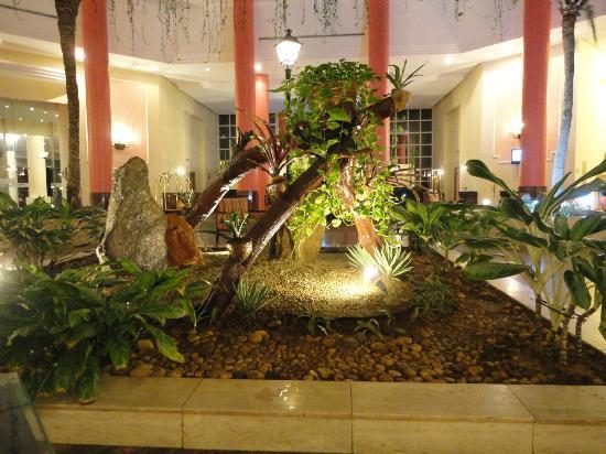 Hesperia Isla Margarita: hotel lobby
