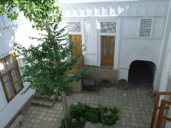 Emir Hotel: 中庭