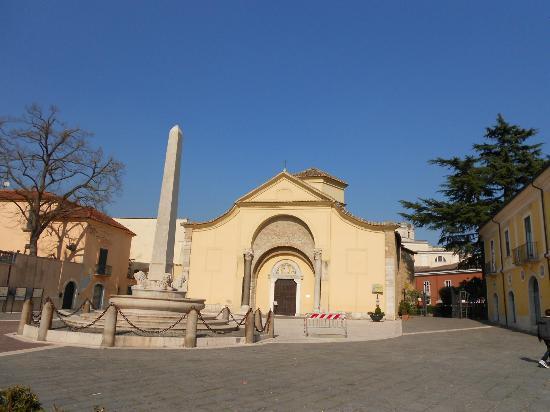 Benevento, İtalya: facciata