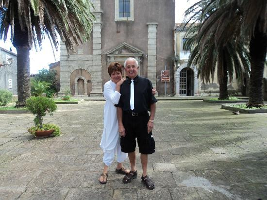 Giardini Naxos, İtalya: Church in Forza D'Agro