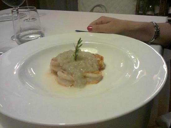 Colleretto Giacosa, Italy: Gamberi con salsina deliziosa