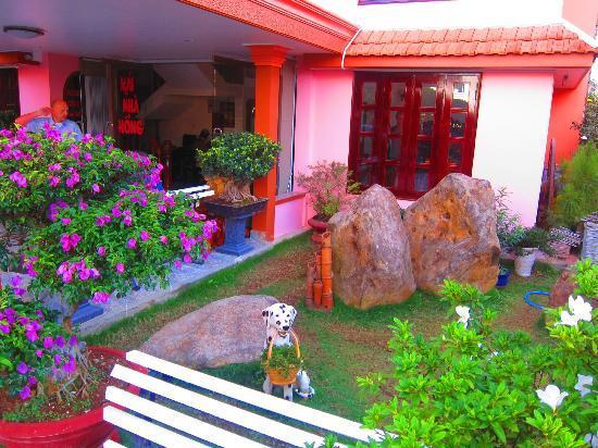 Villa Pink House: Front