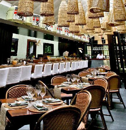 Wasabi Restaurant, Sushi & Dim Sum Bar: Wasabi Interior
